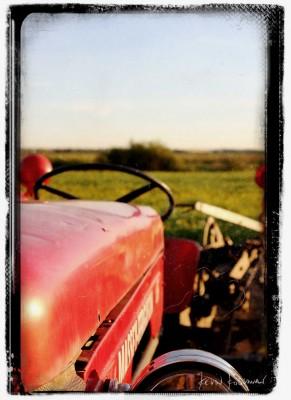 Sundog-Tractor-2011